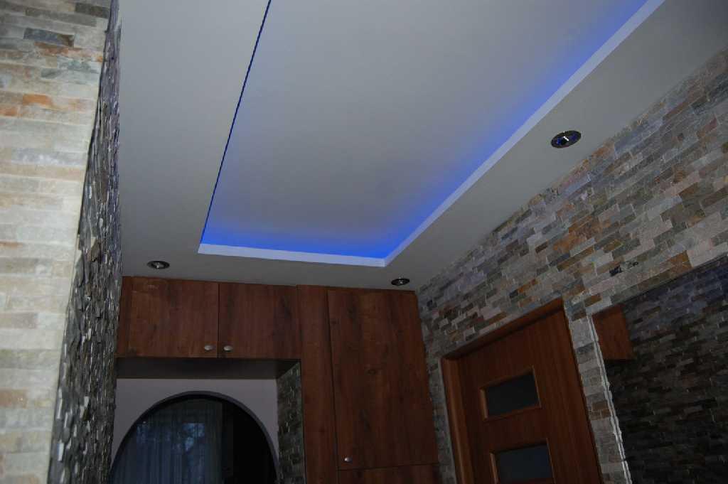 Podwieszany sufit LED  Zdjęcia -> Kuchnia Sufit Led